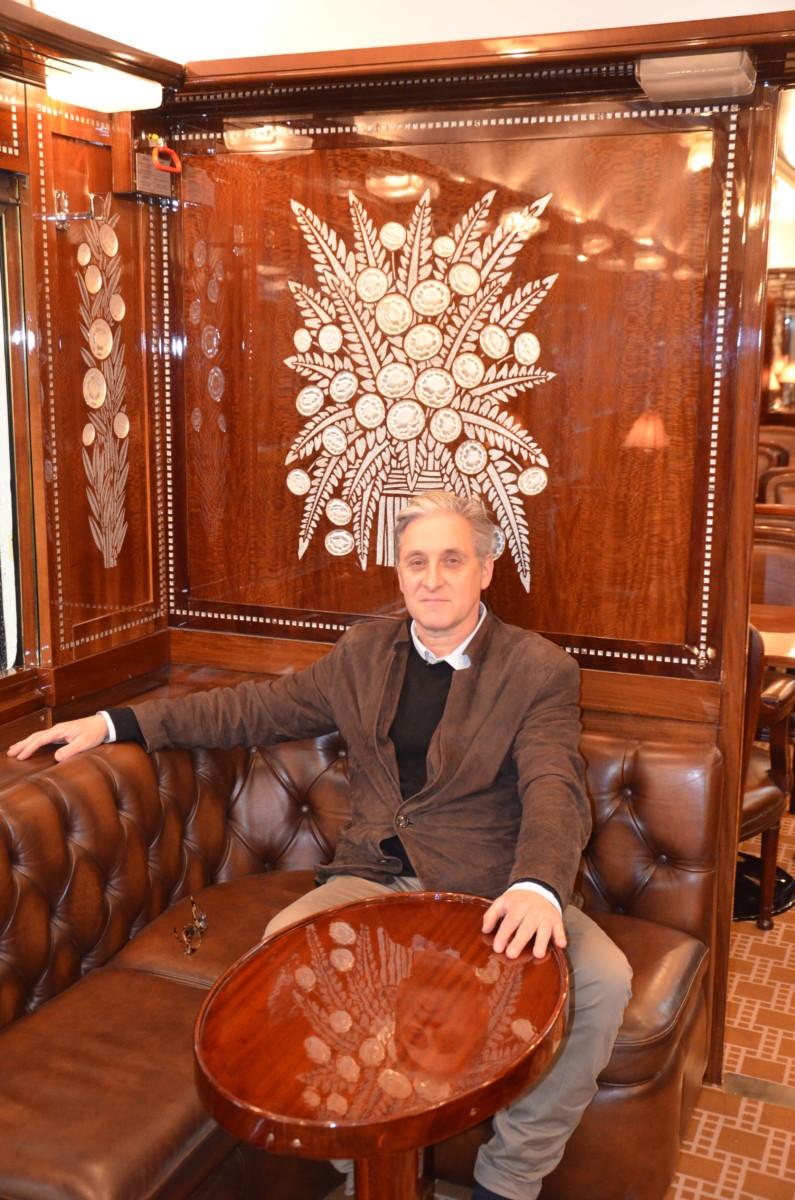 """Portrait Philippe Allemand, voiture """"Train bleu"""" de l'Orient Express"""