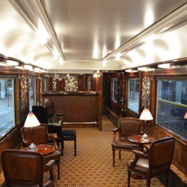 Voiture Train bleu, après restauration