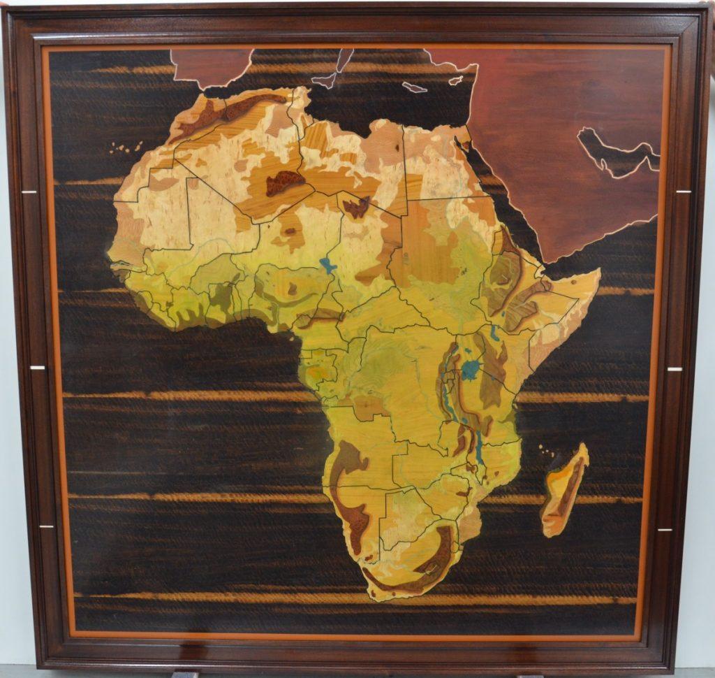 Carte d'Afrique en marqueterie